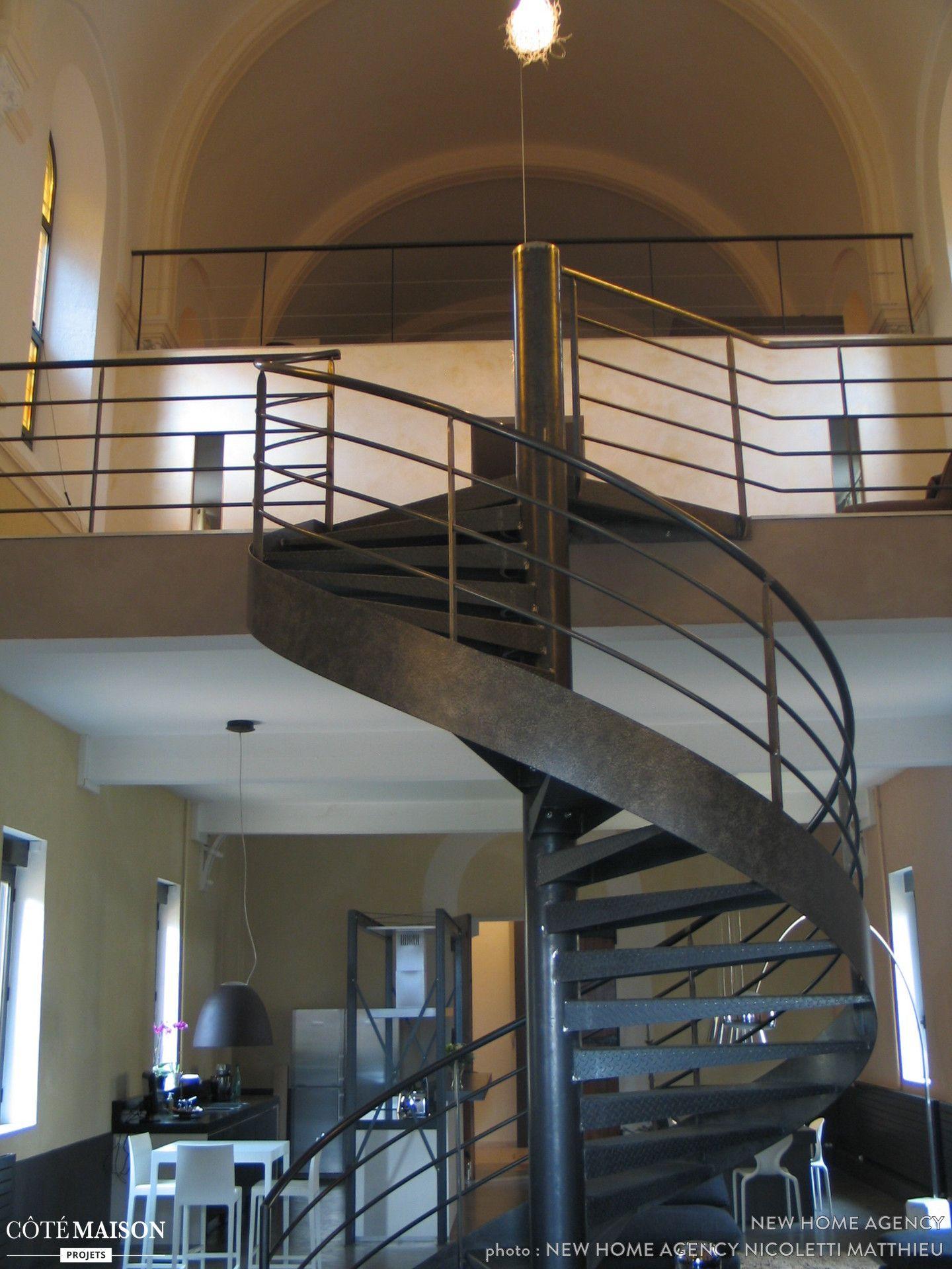 escalier en colima on noir escaliers escaliers interieur escalier en colima on et colima on. Black Bedroom Furniture Sets. Home Design Ideas