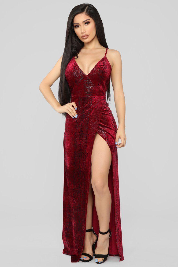 Jaylynn Velvet Maxi Dress Burgundy Dresses, Glam