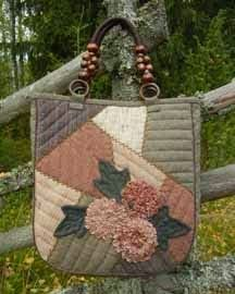 Patchwork bag, flowers + pattern - quilt