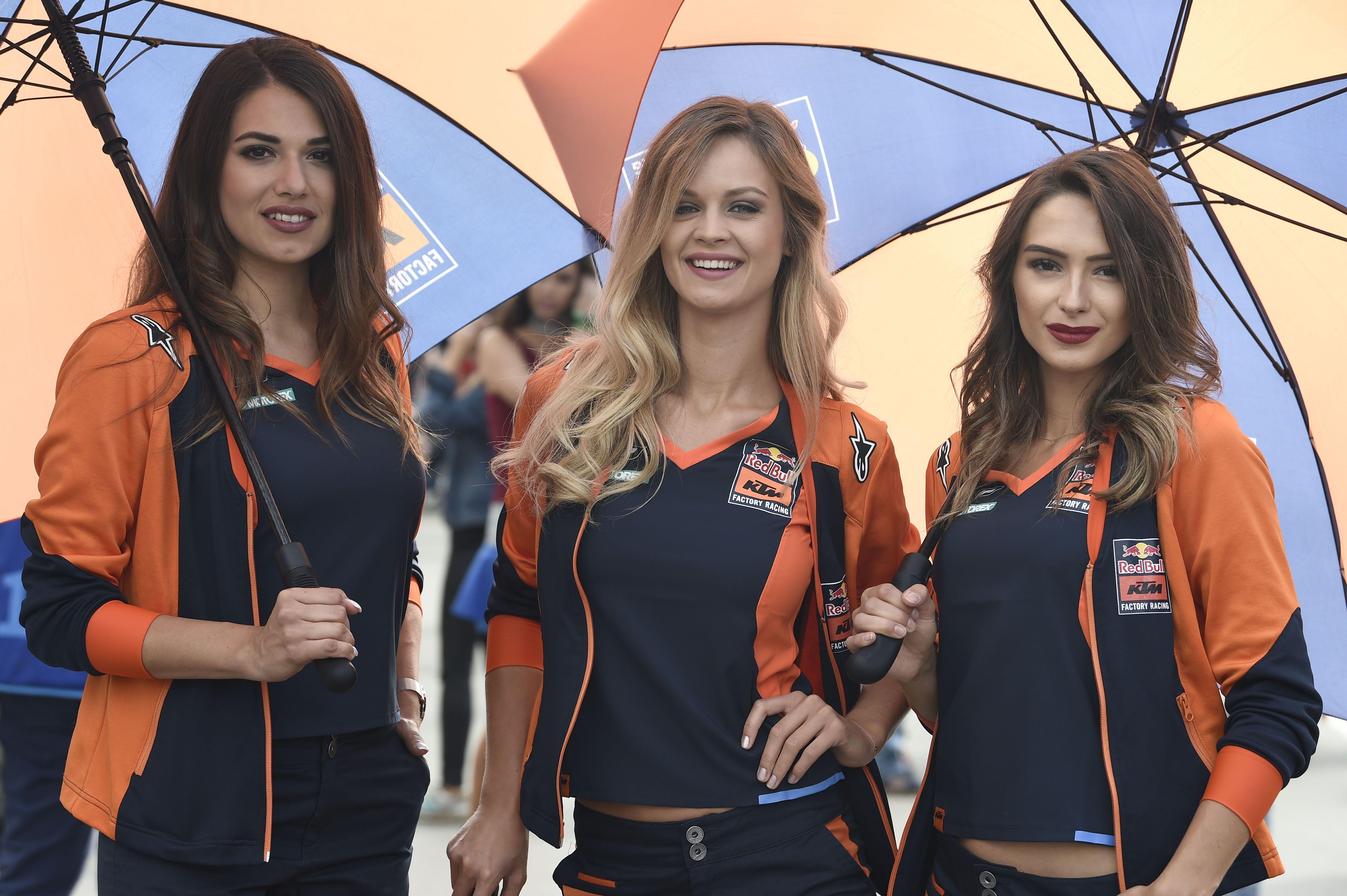 Red Bull KTM Factory Racing beauties #MotoGPgridgirls # ...