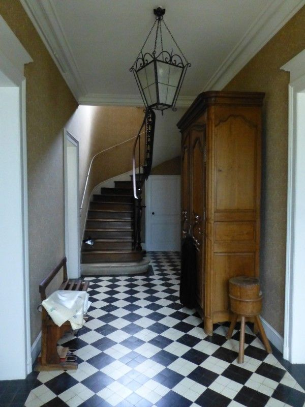 Decoration D Entree Avec Escalier