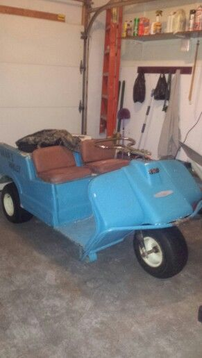 1966 Harley Davidson electric 3 wheel golf cart + charger for sale on