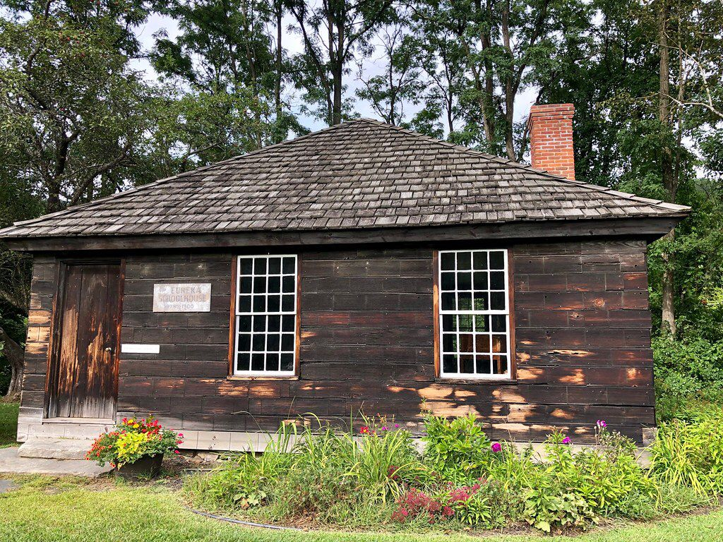 Eureka schoolhouse springfield vermont paul chandler