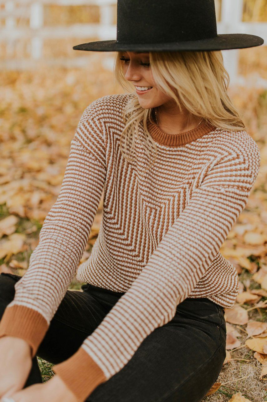 9f8c33ee001 Stripe Knit Sweater Outfit Ideas For Women