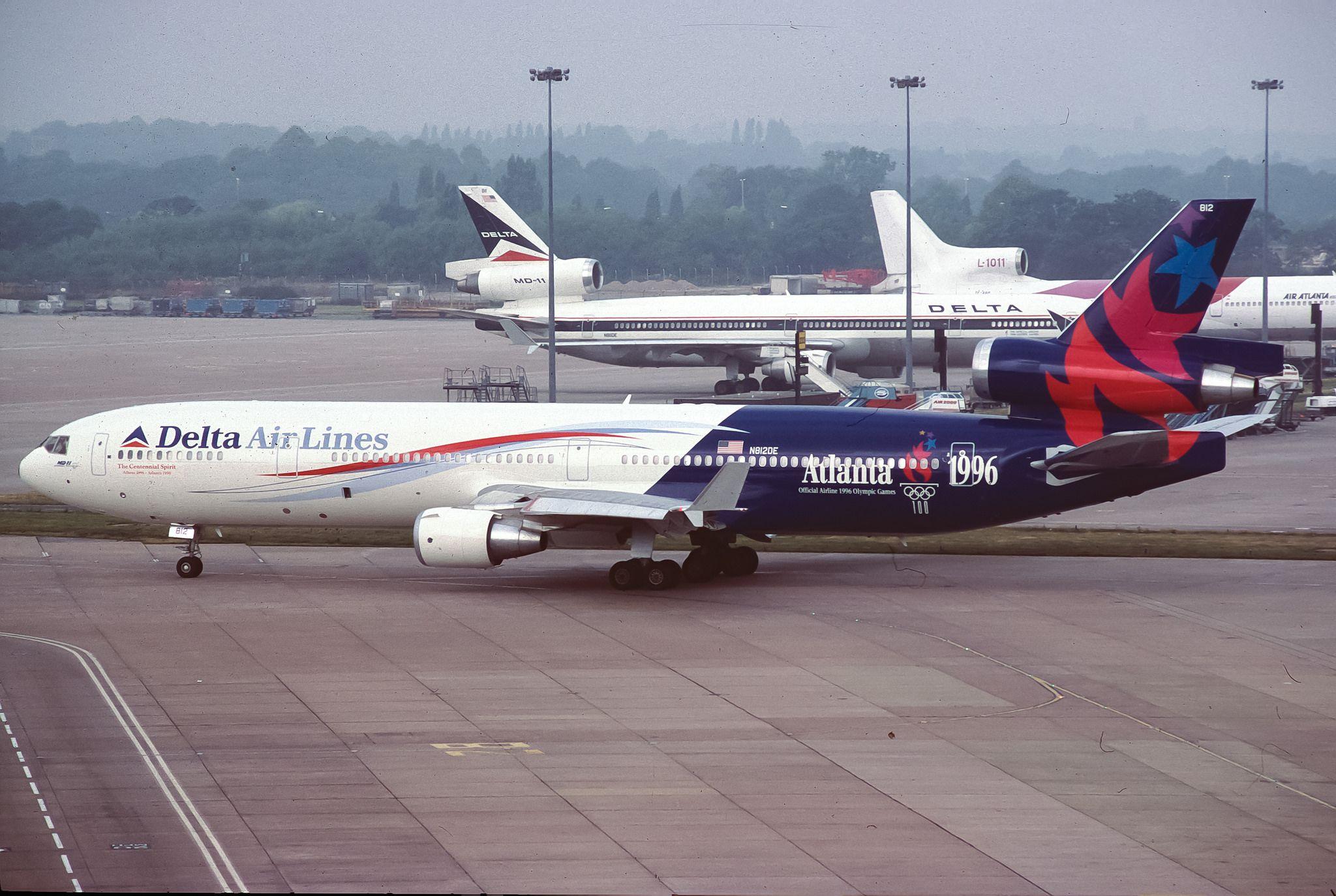 Delta airlines McDonnell Douglas MD11 (Atlanta 1996