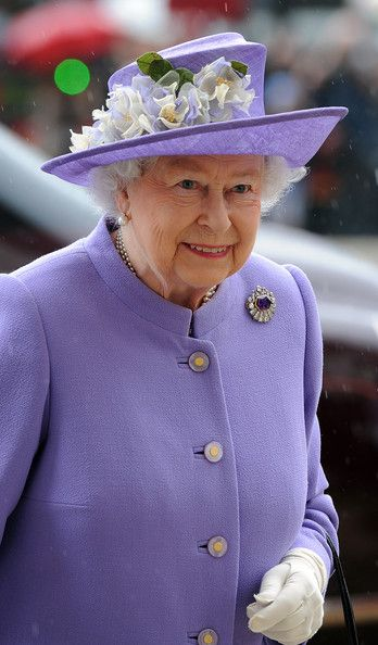 Queen Elizabeth II arrives to attend the Solemn Drumhead service at Royal Hospital Chelsea on June 28, 2014 in London, England.
