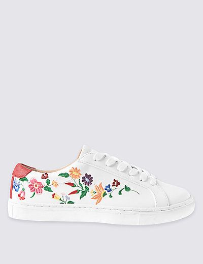Lace-up Floral Embroidered Trainers | M