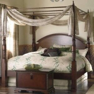 The Bombay Company Store Herning Four Poster Bed I Own