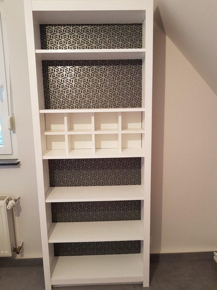 So Sieht Jetzt Mein Neues Buche Ikea Billy Regal Aus Mit Folie Beklebt Seiten Und Ruckwand Tapeziert Und Mit Holzleisten Versch Billy Regal Regal Holzleisten