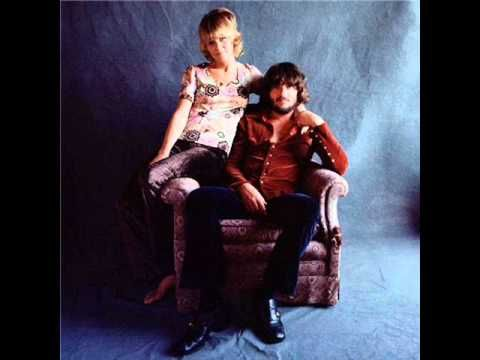 Delaney And Bonnie - Come On In My Kitchen; Mama, He Treats Your Daughter Mean; Going Down The Road - YouTube