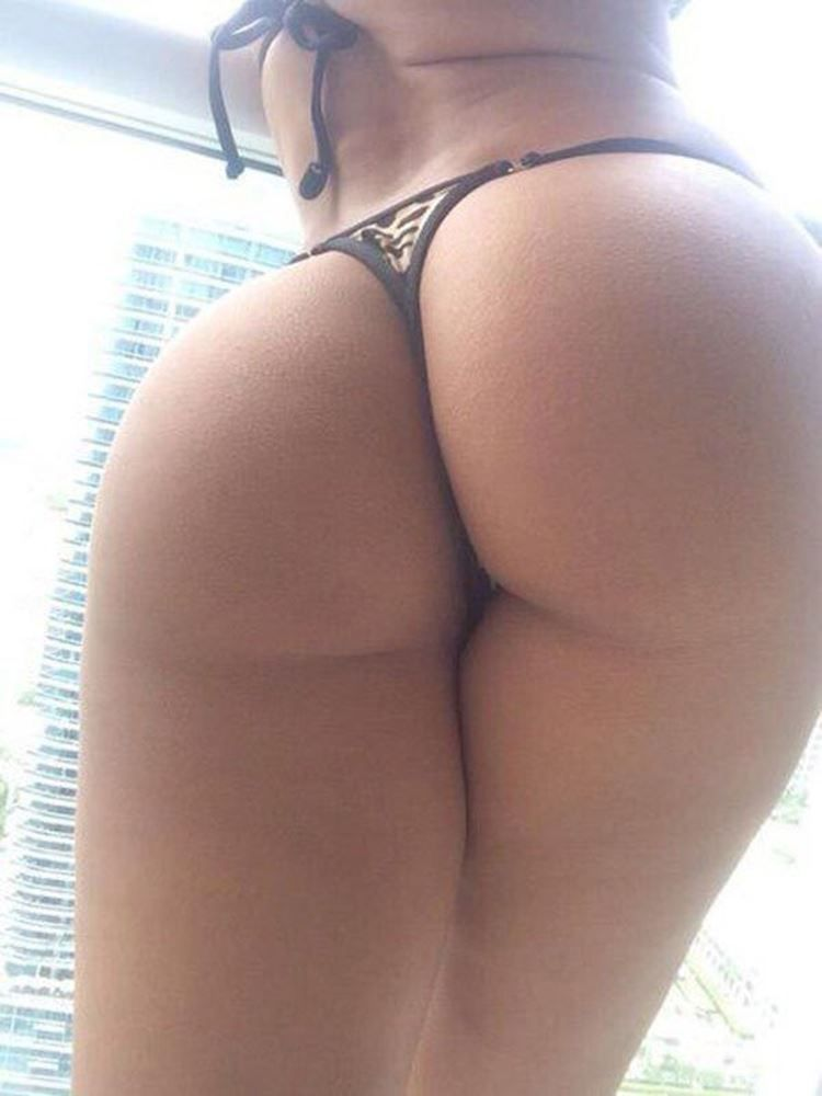 girl bubble ass