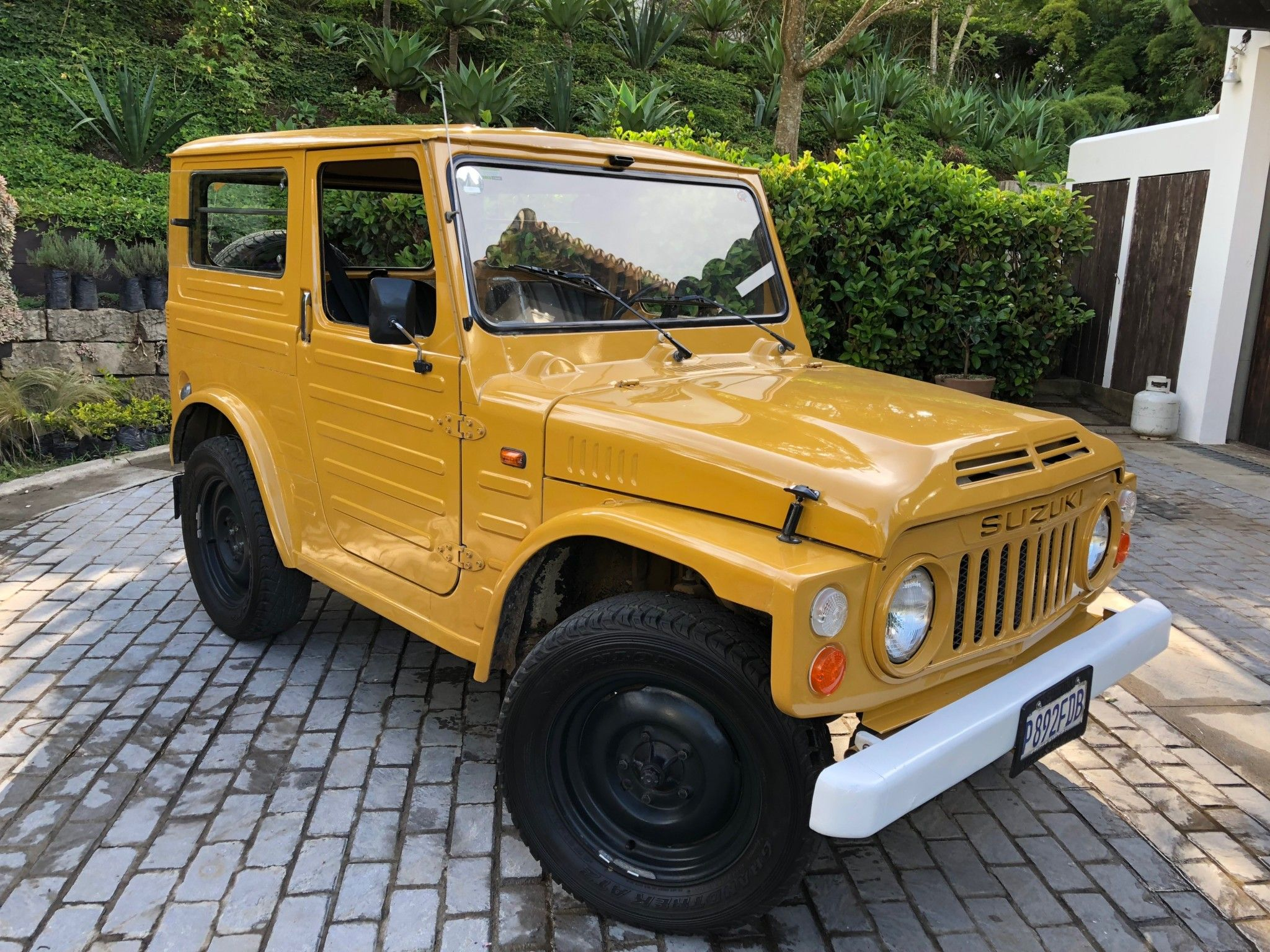 Bid For The Chance To Own A 1980 Suzuki Lj80 At Auction With Bring A Trailer The Home Of The Best Vintage And Suzuki Cars Dream Cars Range Rovers Suzuki Jimny