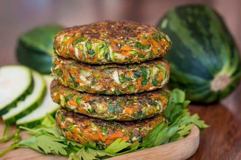 Einfache Zucchini Puffer Vegan Glutenfrei Ohne Ei Ohne Mehl Rezept Zucchini Puffer Zucchini Rezepte Vegan Gesunde Vegane Rezepte