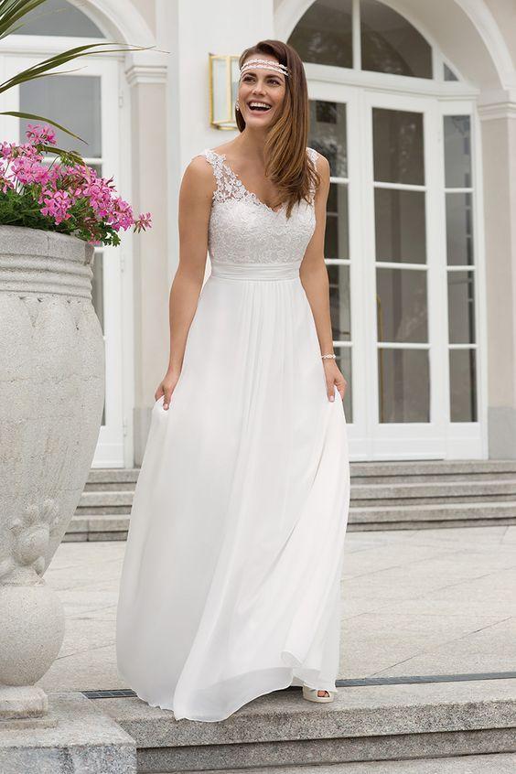 Brautkleid 19670 Aria, Chiffon mit Tüllspitze | Wedding dresses ...