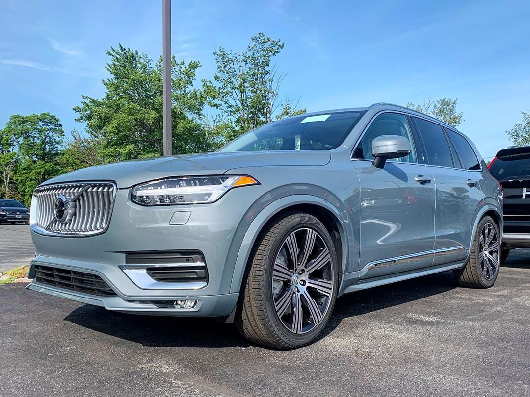 Fresh Off The Truck A 2020 Xc90 Inscription In Thunder Grey With Rear Captains Chairs The First Volvo Volvoxc90 Thunderg Volvo Volvo Xc90 Volkswagen