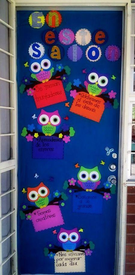 Puerta decorada de bienvenida tematica de buhos puertas for Puertas escolares decoradas