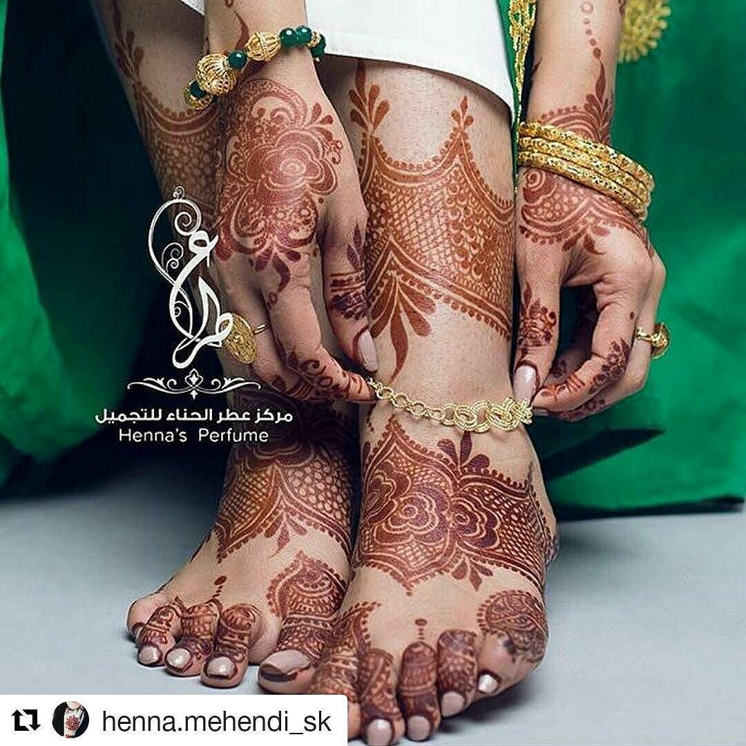 #follow@hennafamily #hennafamily #Repost @henna.mehendi_sk  By @henna_perfume11 #pretty #mehendi #mehendidesign #mehendiart #henna #hennadesign #hennaart #hennatattoo #beautiful #wedding #functions #events #art #tattoo #color #mehendiinspire #hennainspire #inspiration #bridal #blackhenna #blackmehendi  #instaart  #mehendilove #arabichenna #arabicmehendi #tagsforlikes#girls