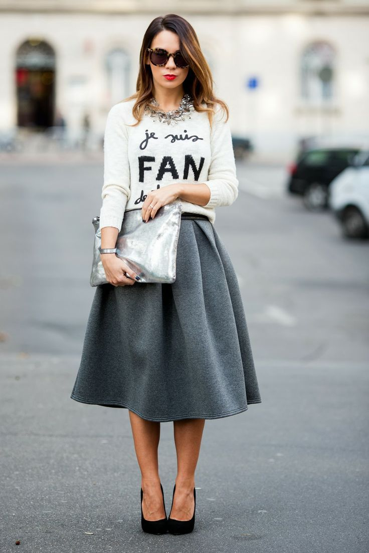 street style / Statement shirt / grey full midi skirt / black ...