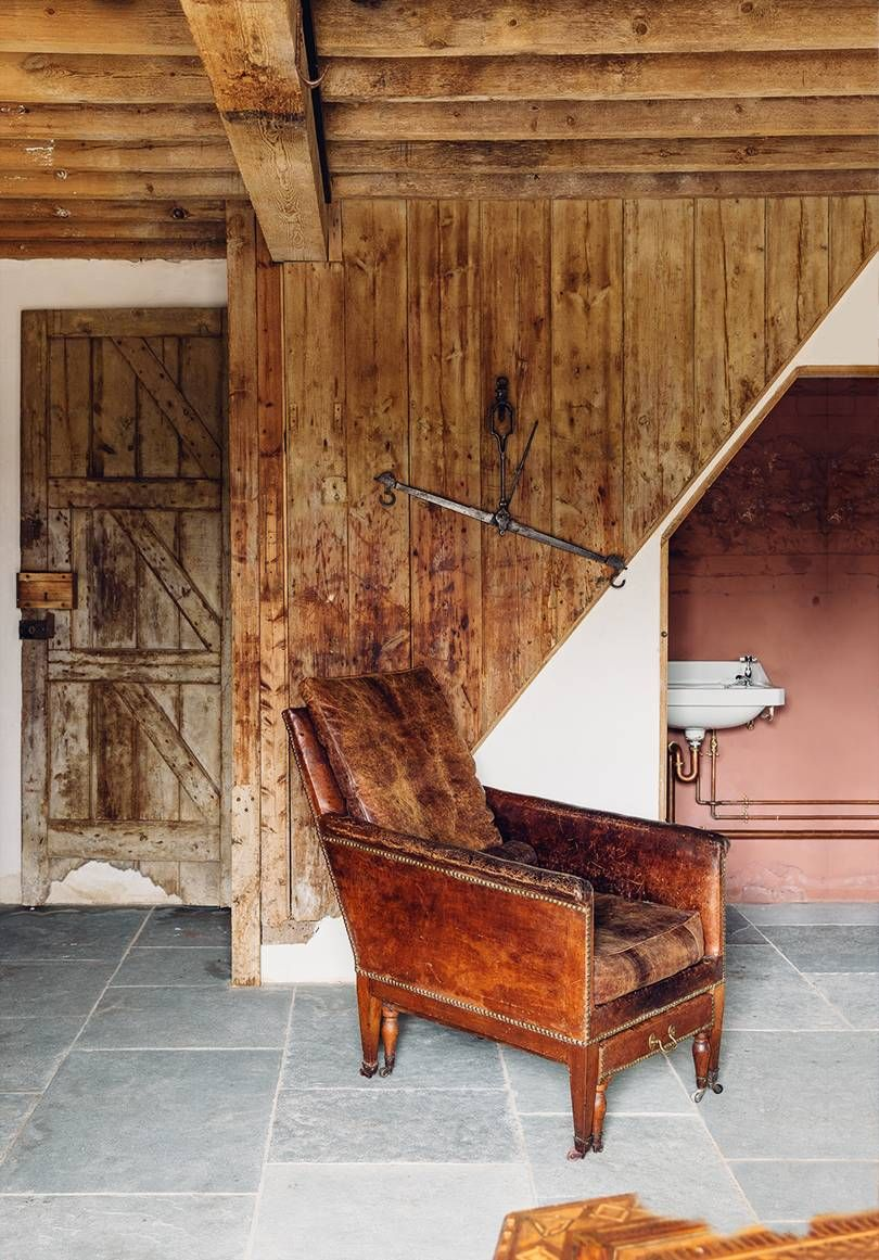 Antiques Dealer Edward Hurst Has Created A Space Of Beauty And