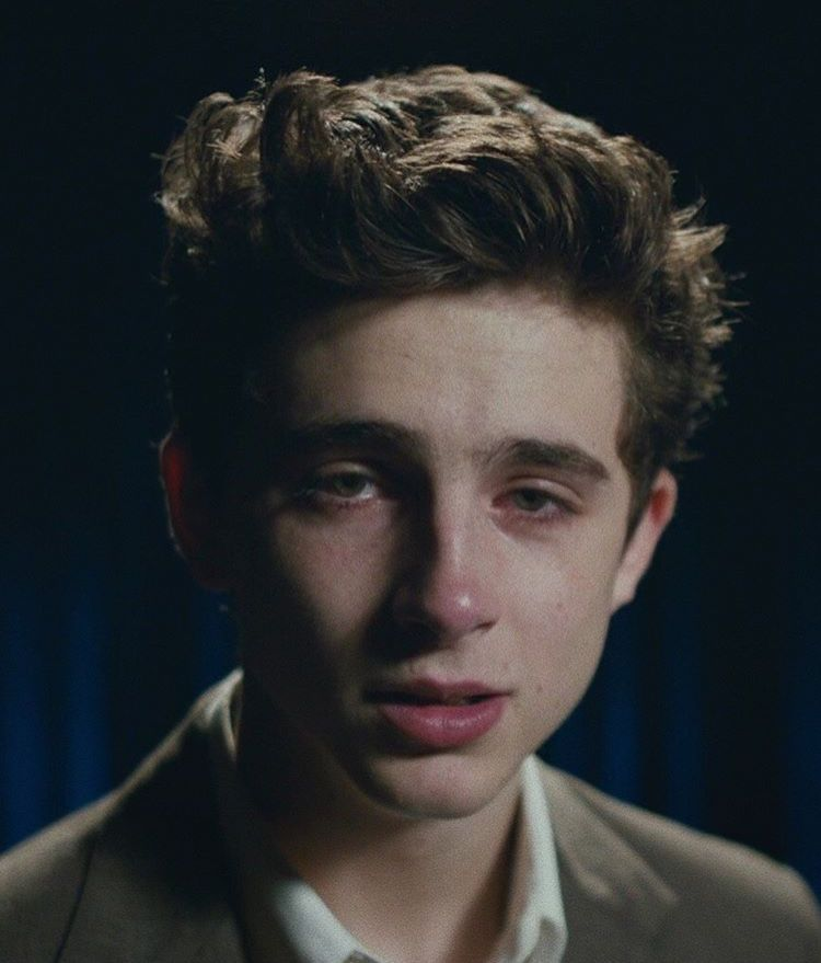 Pin By Camila Arias On Timmy Timothee Chalamet Boy Crying Reference Photo Boys Crying Reference