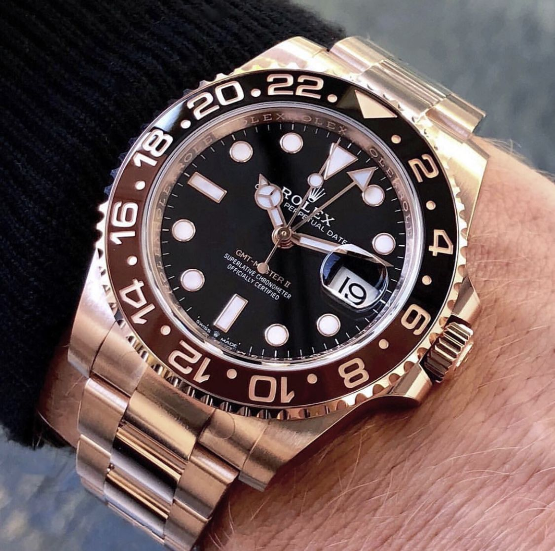 2018 Gmt Master Ii In Rose Gold 37 500 Rolex Watches Luxury Watches For Men Rolex Gmt
