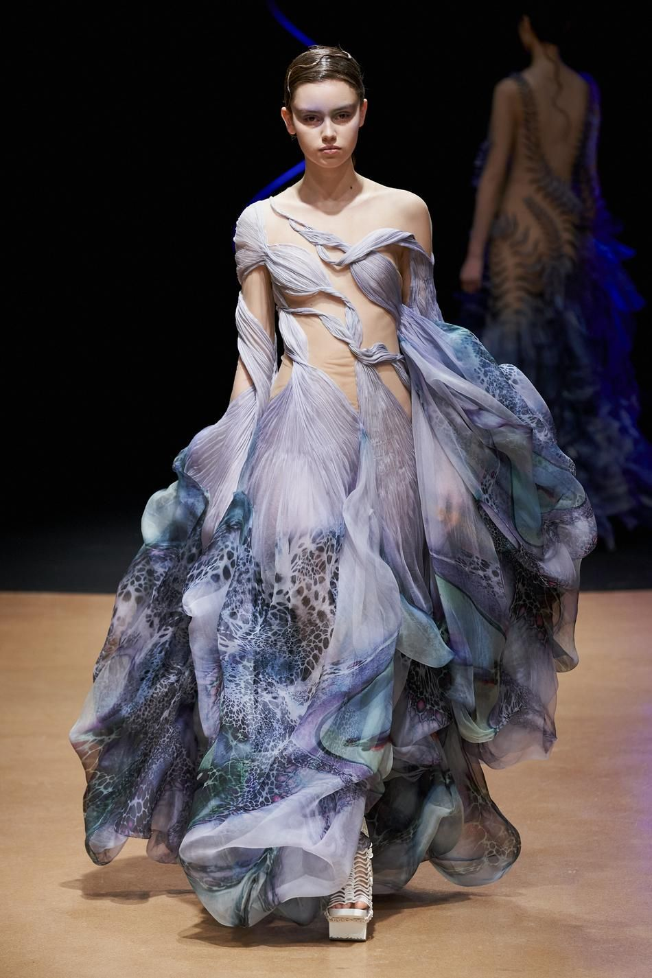 Photo of Défilé Iris van Herpen printemps-été 2020 Couture