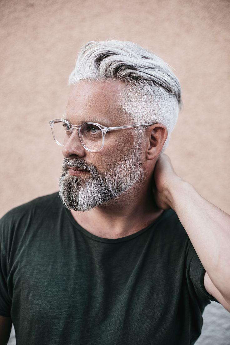 Calle Artmark Herren Frisuren Graue Haare Mannerhaare Graue Barte