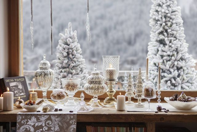 Decorate Your Home And You Will Love Christmas White Christmas Christmas Decorating Your Home