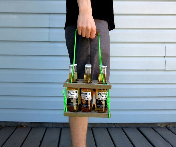An Unconventional Beer Caddy Beer Caddy Diy Bottle