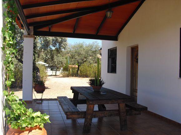 C rdoba obejo alquiler casa casa pedriquejo dispone de tres dormitorios y sof cama en el - Casas alquiler cordoba ...