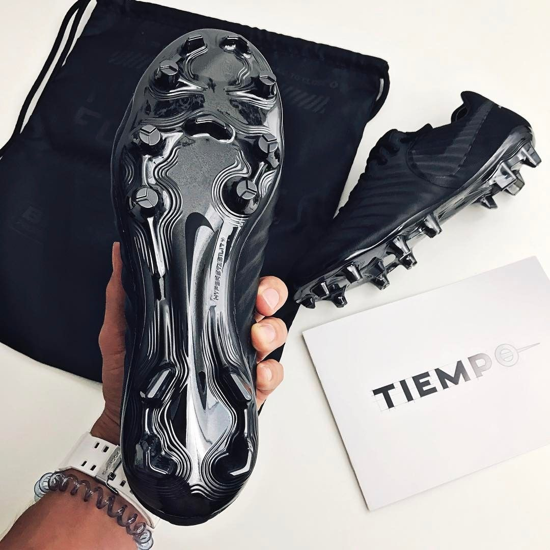 timeless design 92b11 f01db The Black Platinum Nike Tiempo Legend VII boots introduce a ...