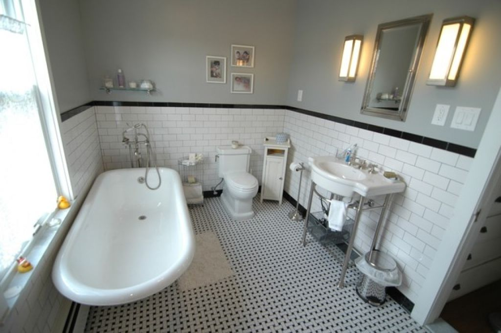 Gentil New York Bathroom Design With Goodly Black And White Bathroom Traditionalu2026
