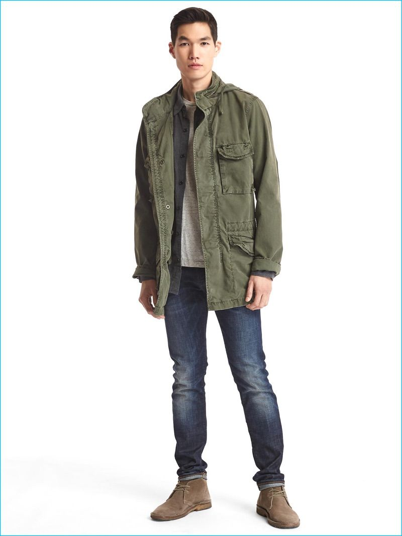 Military Style Trending Gap Makes A Case For The Fatigue Jacket Mens Jackets Jackets Mens Outfits [ 1066 x 800 Pixel ]