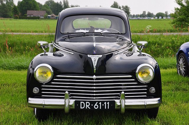 Oldtimershow Hoornsterzwaag 2009 – 1960 Peugeot 203 C by Michiel2005