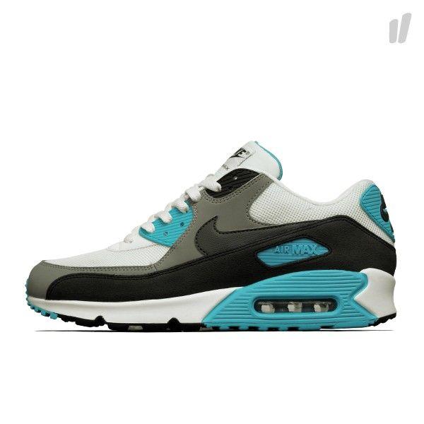 Nike Air Max 90 Essential - http://www.overkillshop.com/de/product_info/info/11362/