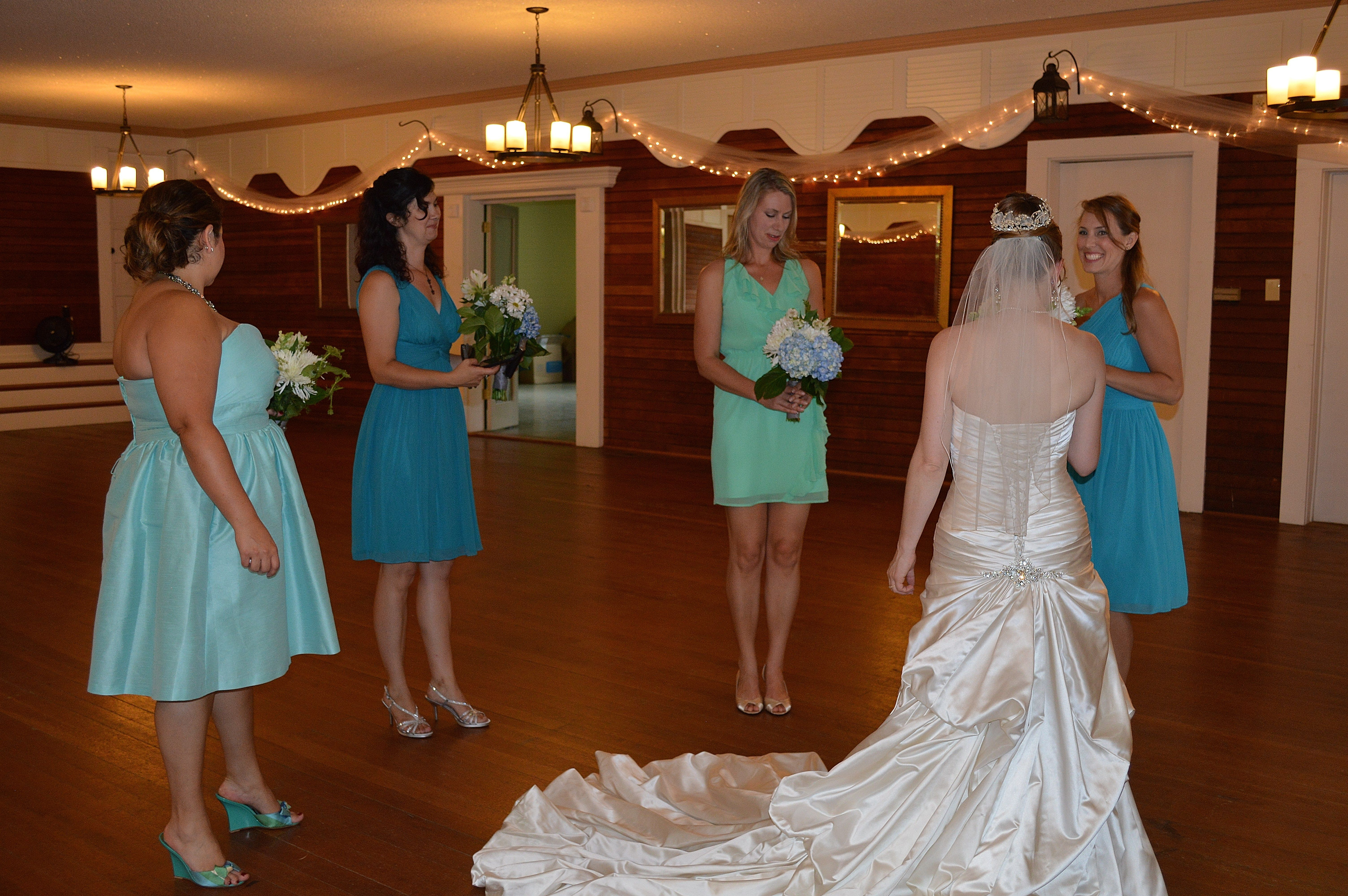 During Outdoor Weddings Its A Great Staging Area