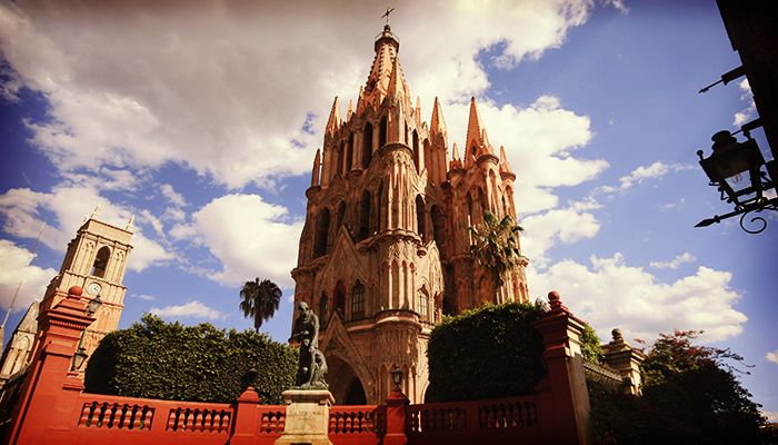 Spend two perfect days in San Miguel de Allende, Mexico!  #SanMigueldeAllende #Mexico