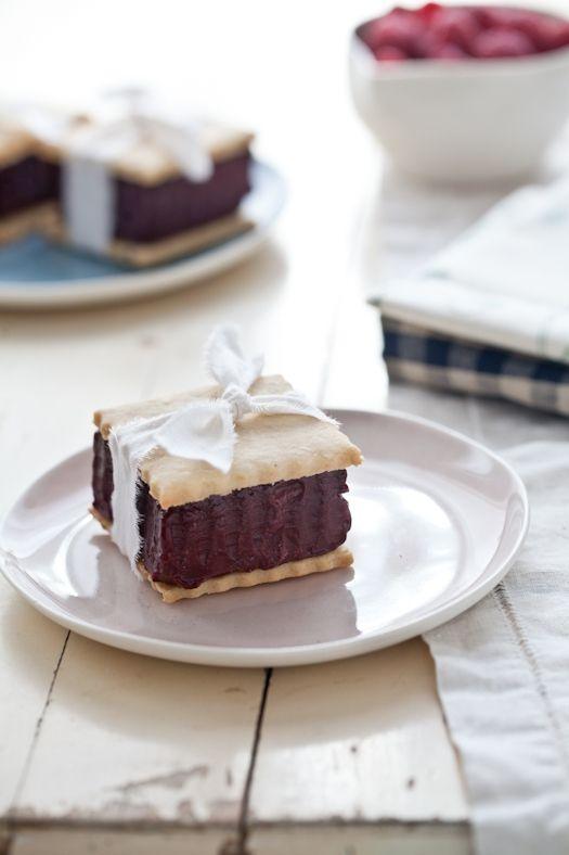 Lavender Shortbread Cookies & Berry Sorbet Sandwiches (click picture for recipe details)