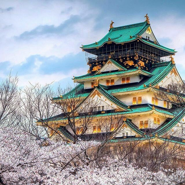 .......................... Osaka Castle, Japan. Pic by @trvlcity ☆☆☆☆☆☆☆☆☆☆☆☆☆☆☆☆☆ ••••••••••••••••••••••••••••••••••••••••••••••••••• FOLLOW @worldbestshot AND TAG YOUR BEST SHOTS #worldbestshot #worldbestshot_ig TO BE FEATURED. *Don't forget to add photo location _____________________________________