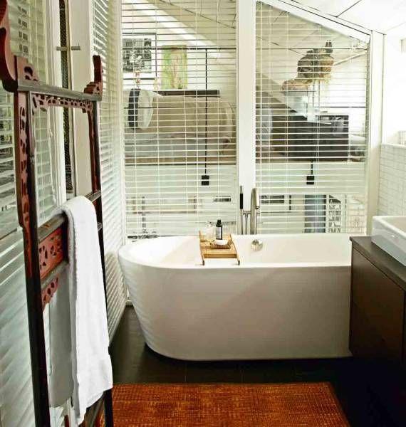 Bañeras exentas | Ambientes que nos inspiran en Rosso Cuore [Av. Corrientes 1901, CABA, ARG]