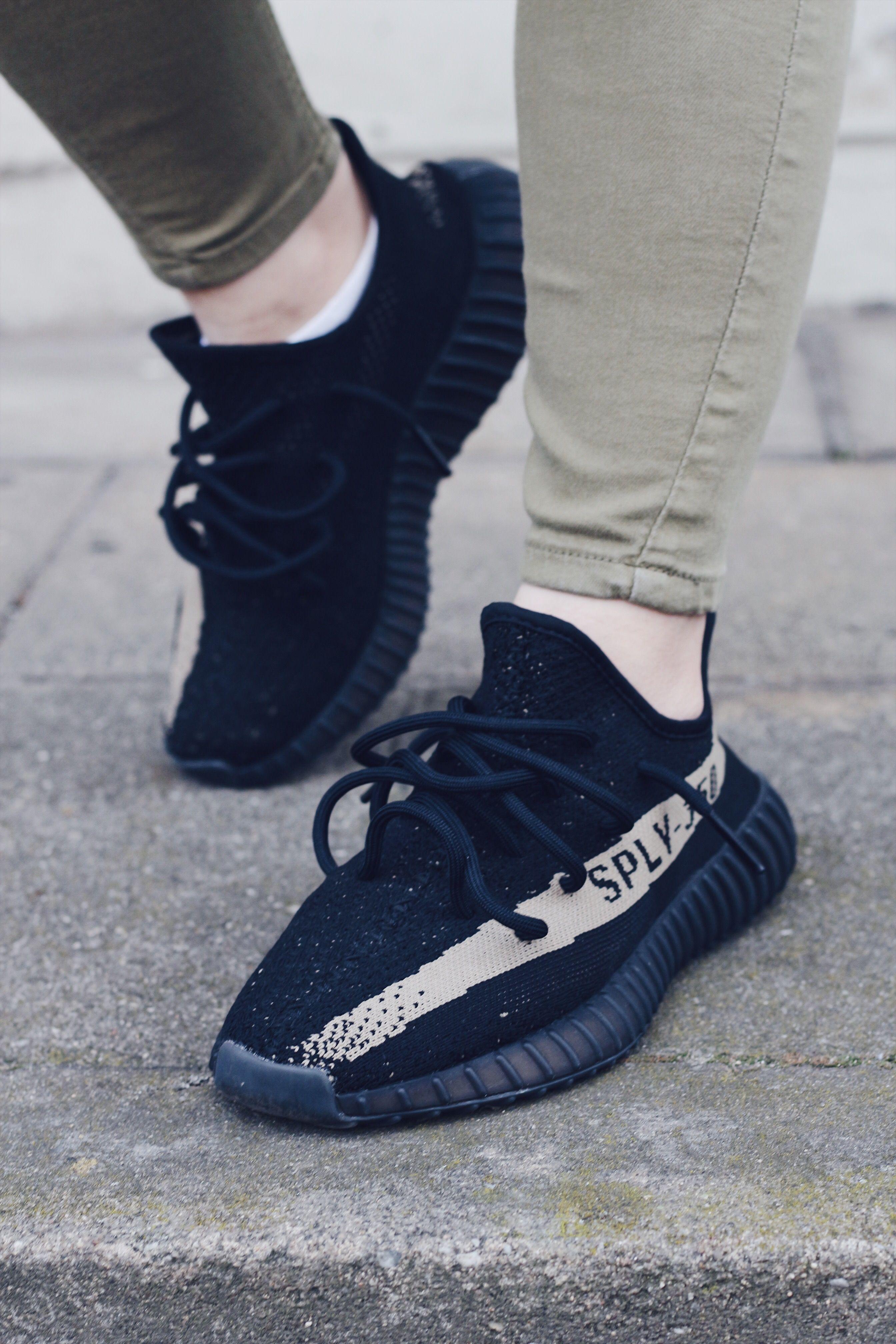 Die Adidas Yeezy Boost 350 Green sind das absolute Herzstück meiner  Sneakersammlung! | Stephis Stories
