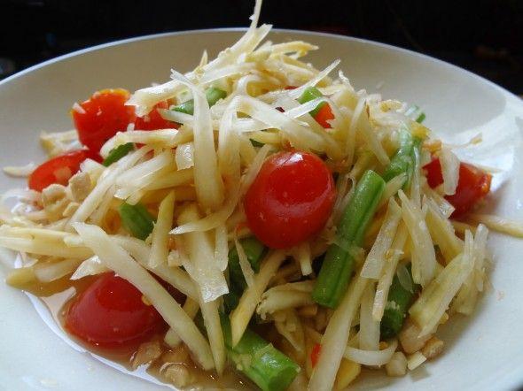 Som tam (Thai papaya salad) | Recipe | Papaya salad, Salad recipes, Thai  street food