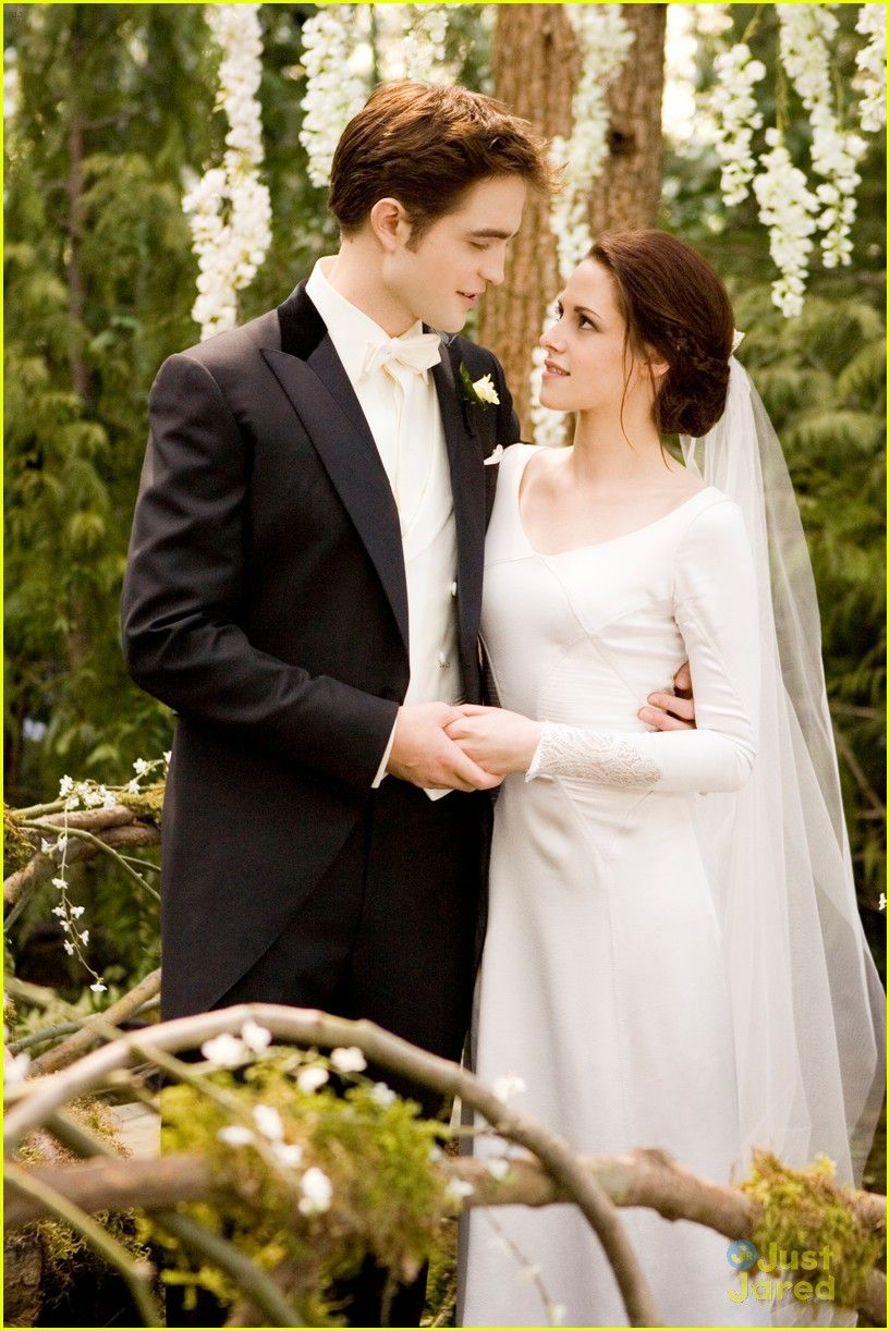 Happy 11 year Anniversary Bella And Edward!!!  Breaking dawn