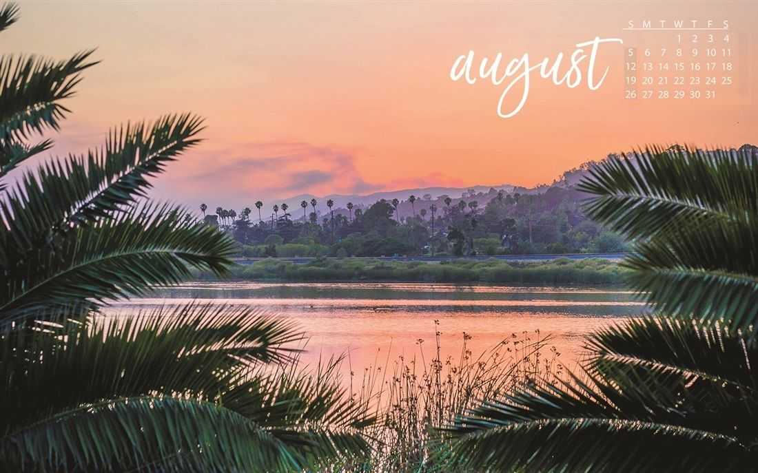August 2018 Calendar Wallpapers Background Free Download