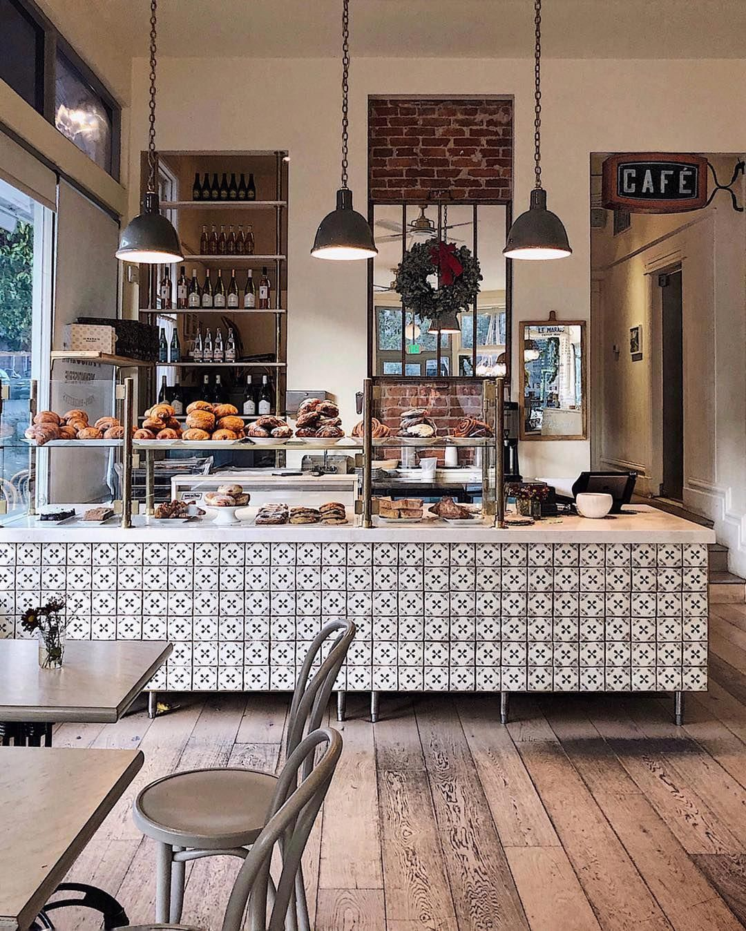 Cheap Home Decorating Ideas #InteriorDesignLivingRoom