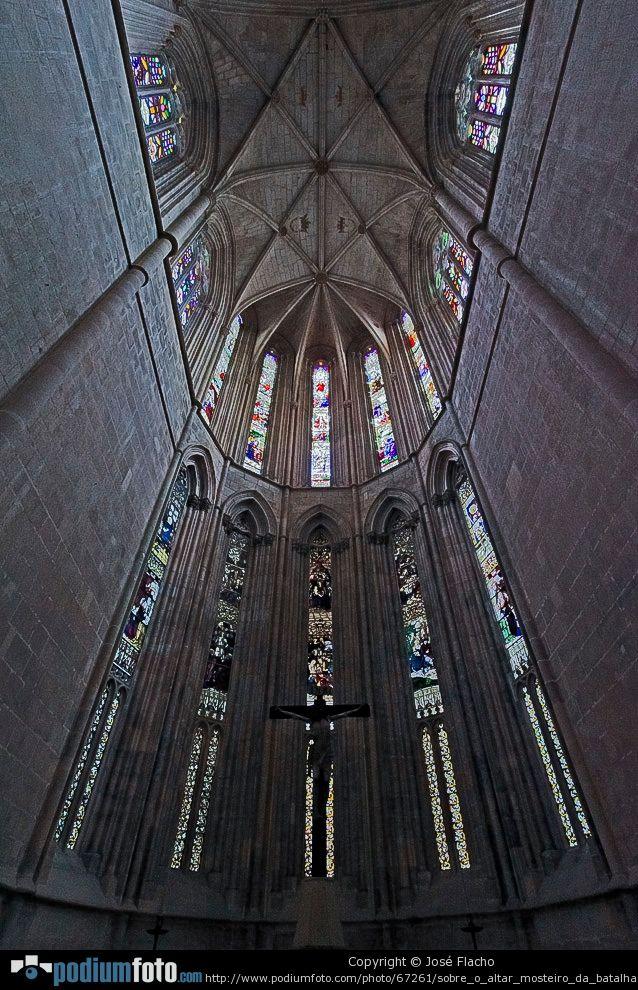 Sobre O Altar - Mosteiro Da Batalha