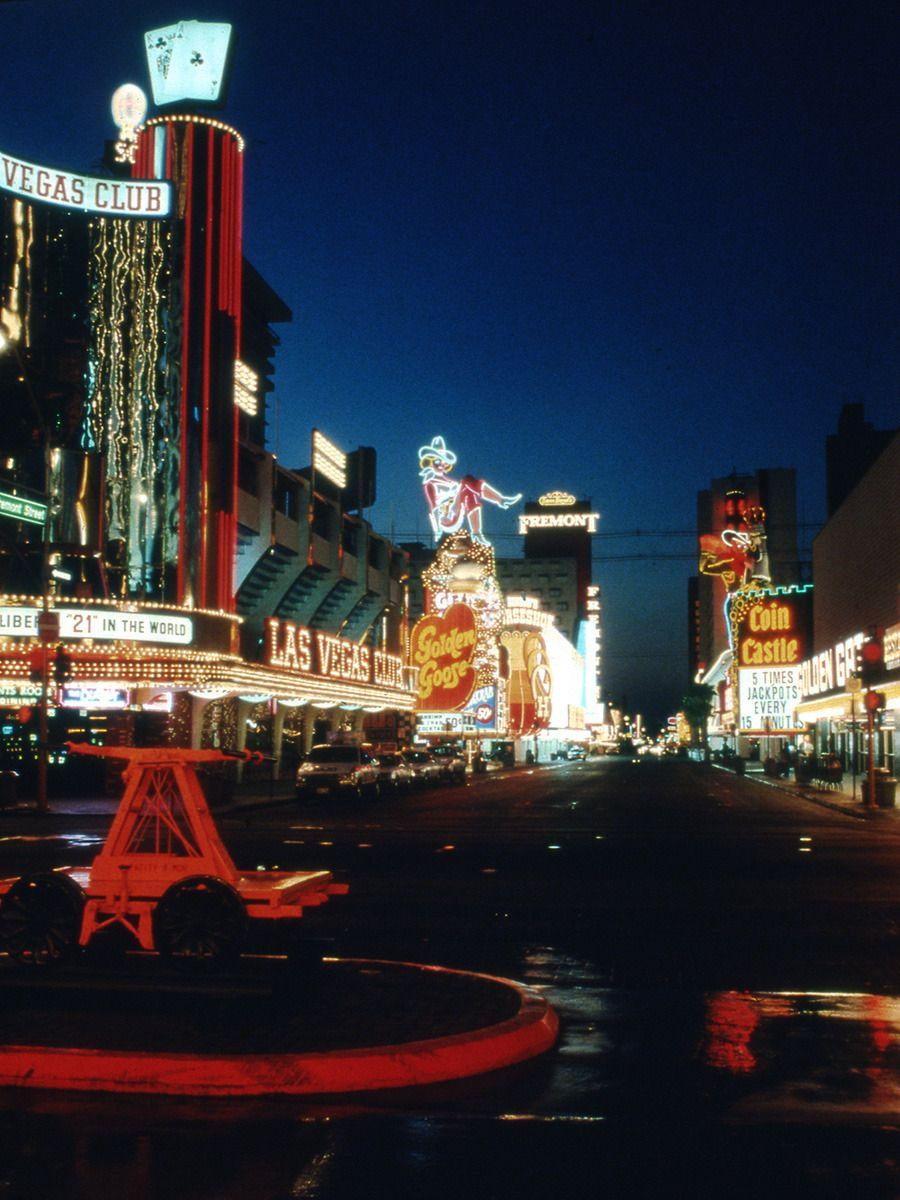 Las Vegas 94 >> Fremont Street Las Vegas C 1990 Undated Slide C 1989 94