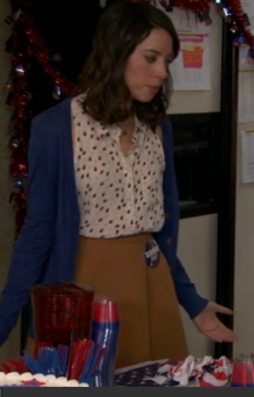 April Ludgate (Aubrey Plaza)'s wardrobe has definitely become more sophisticated but still fun as she moves her way up the Pawnee political ladder. Love the blouse! Can you tell I am obsessed with this show? #ParksandRecreation
