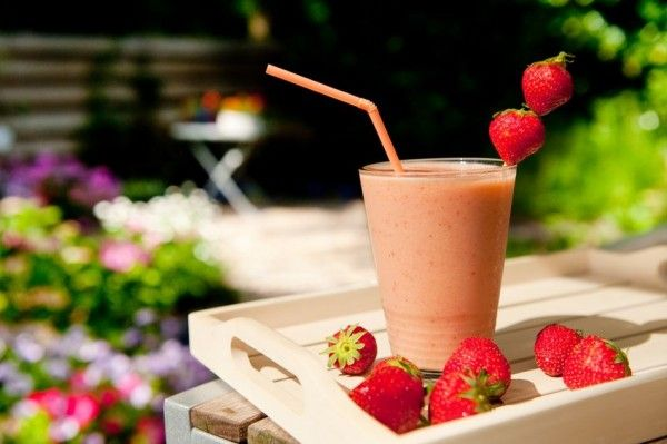 healthy smoothies everytime - several different smoothie recipes without using protein powders