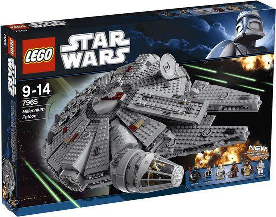 lego star wars millennium falcon 7965. Black Bedroom Furniture Sets. Home Design Ideas